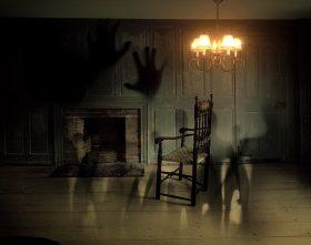 chair-creepy-door-40748.jpg