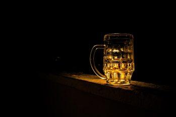 beer-beverage-cup-65210.jpg