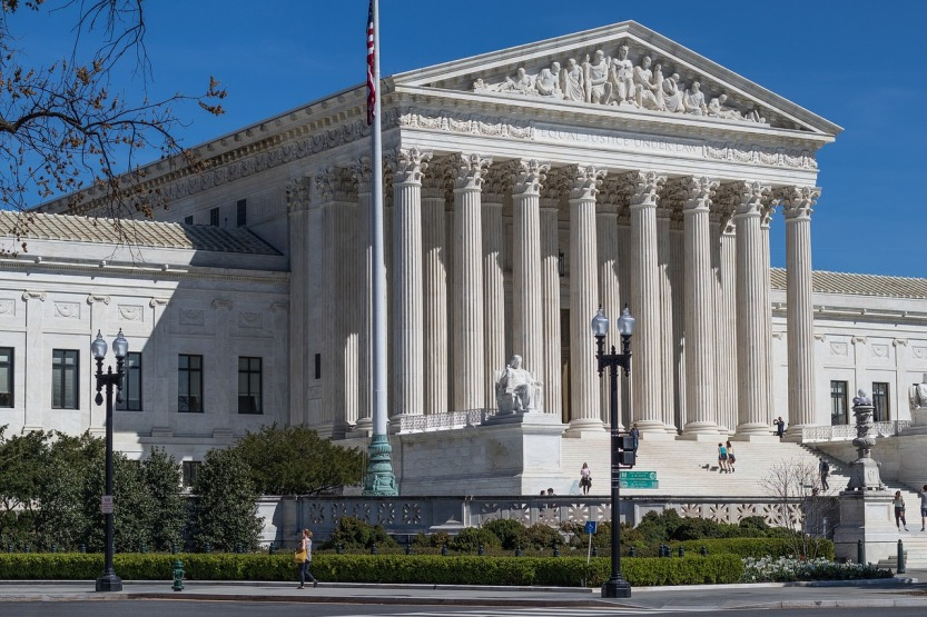 us-supreme-court-building-2225765_1280
